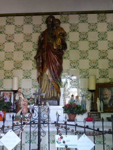 Anzegem Kerkdreef 46 Interieur van de Heilige Jozefkapel