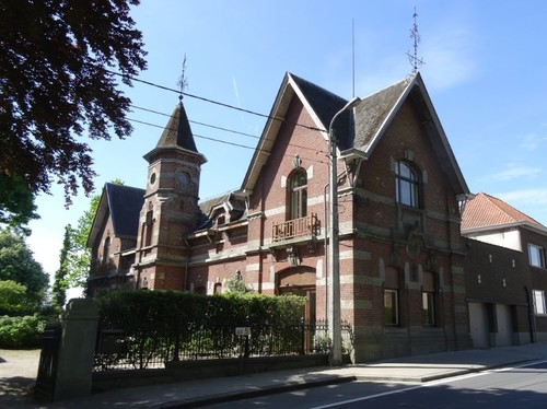 Anzegem Oostdorp 4-6 Koetshuis