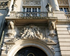 Antwerpen Meir 48 balkon (https://id.erfgoed.net/afbeeldingen/268989)