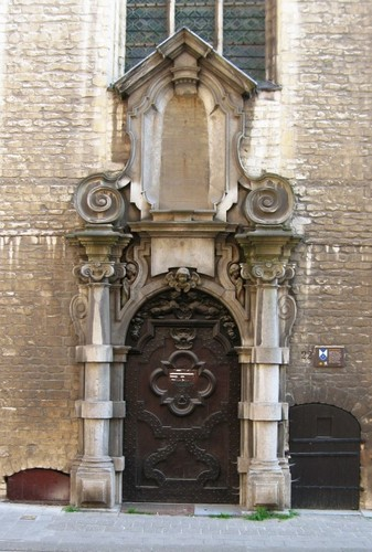 Antwerpen Korte Nieuwstraat 22 poortje