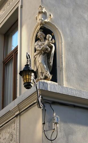 Antwerpen Sint-Pieter-en-Paulusstraat 2 Madonna