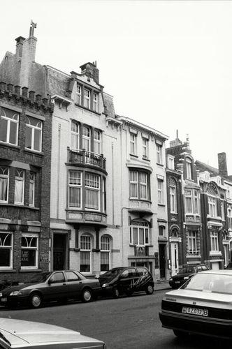 Oostende, Frère-Orbanstraat 22-24