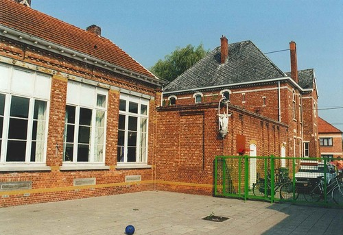 Hulshout Mgr. J Raeymaekersstraat 15