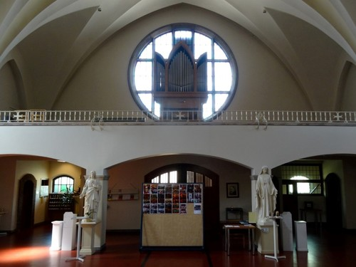 Kortrijk Aalbeeksesteenweg 13 Orgel in de kloosterkerk