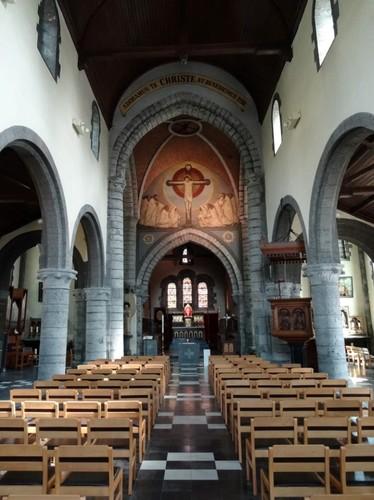 Kortrijk Rollegemplaats zonder nummer Interieur van de parochiekerk Sint-Antonius abt