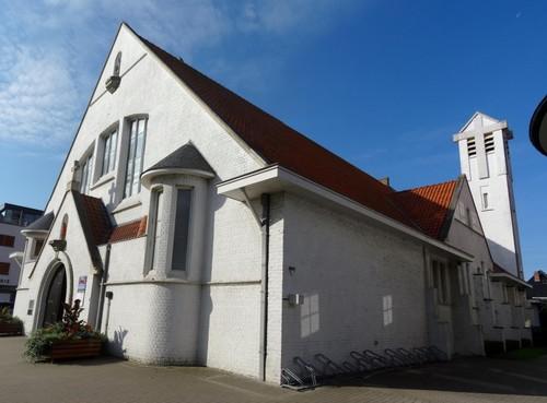 Koksijde Strandlaan 235 Noordoostzijde van de Sint-Idesbalduskerk