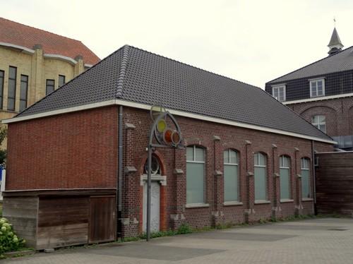 Waregem Olmstraat 25-27 Langsvleugel klooster