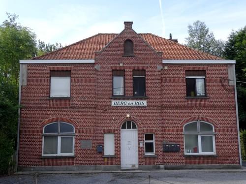 Waregem Bergstraat 68 Aalmoezenierswoning