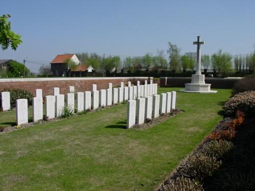 Kemmel: Suffolk Cemetery