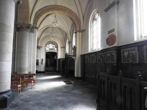 Hoeilaart Gemeenteplein Sint-Clemenskerk