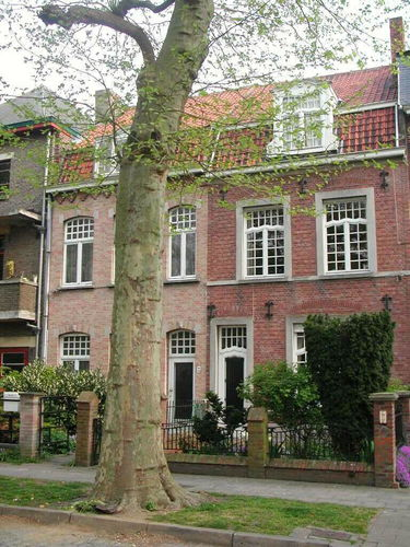 Brugge Christus-Koning Maria van Bourgondiëlaan 11-12