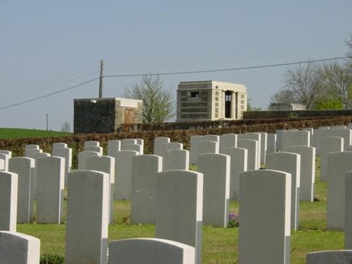 Kemmel: Klein Vierstraat British Cemetery: graven
