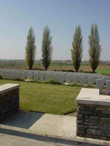 Kemmel: Klein Vierstraat British Cemetery: overzicht