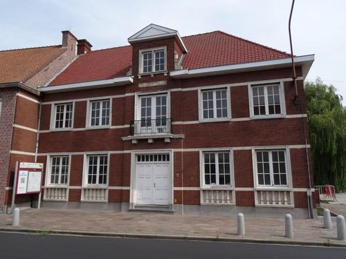 Zwevegem Kerkstraat 4 Voormalig gemeentehuis