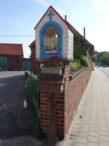Zwevegem Stijn Streuvelsstraat 9 Detail kapel Onze-Lieve-Vrouw van Altijddurende Bijstand