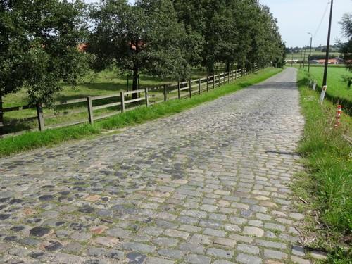 Kortrijk Bellegem Beerbosstraat Westen van de straat