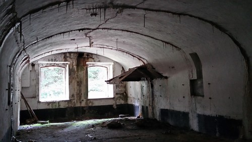 Ranst, Goorstraat, Fort Oelegem: hoofdfront keuken dampkap