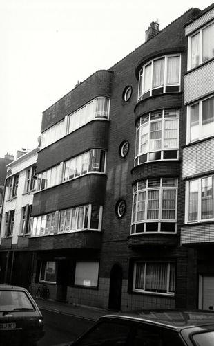 Oostende, Ieperstraat 17A-B