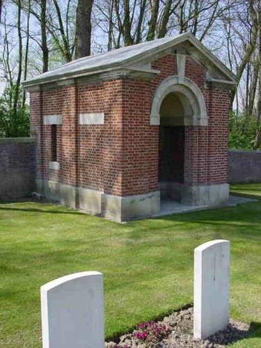 Kemmel: La Laiterie Military Cemetery: schuilhuis