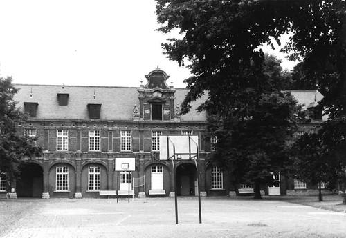 Mechelen Bruul zonder nummer-131-133