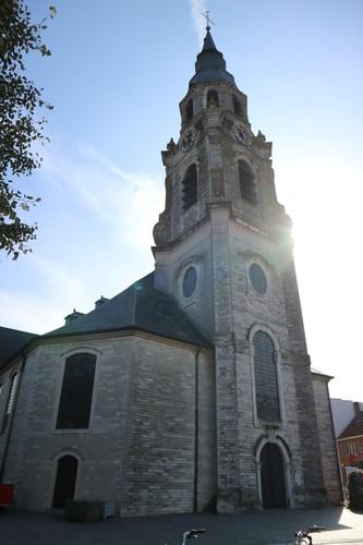 Puurs Kerkplein 2