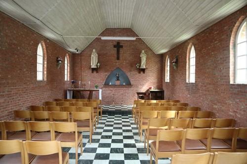 Puurs Overheide zonder nummer Interieur van de kapel van Overheide