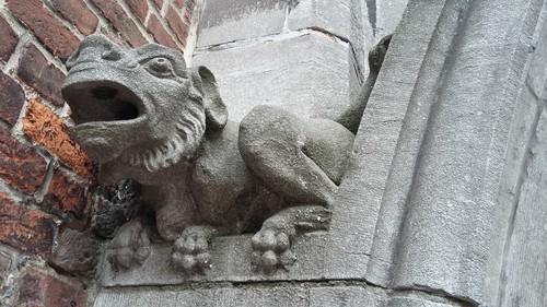 Leuven Vesaliusstraat: Leo XIII seminarie, detail bij de ingang