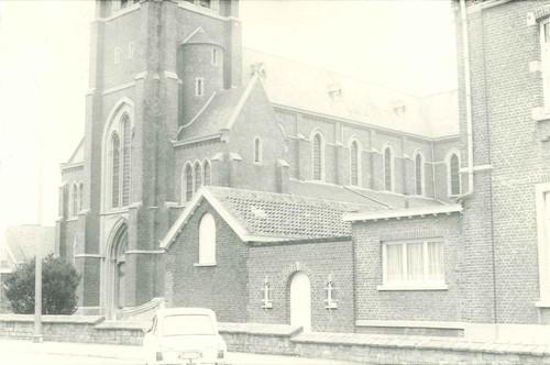 Beersel Huizingen H. Torleylaan 60A, Sint-Jan-de-doperkerk