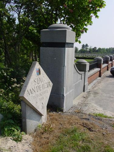 Ramskapelle: Naamsteen begraafplaats 1