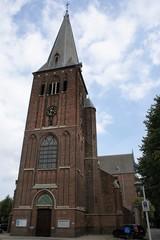 Parochiekerk Sint-Rochus en kerkhof