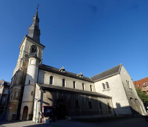 Sint-Truiden Stapelstraat 29 Zuidzijde van de Sint-Martinuskerk