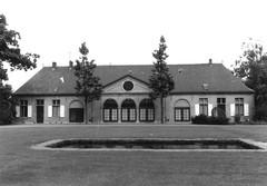 Koetshuis en stallen kasteel Vogelenzang
