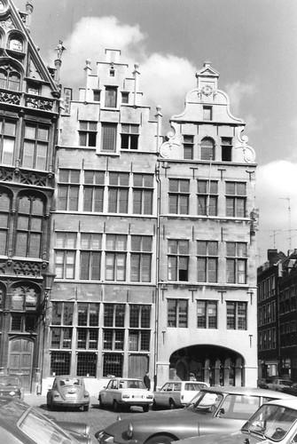 Antwerpen Grote Markt 13 en Wisselstraat 14