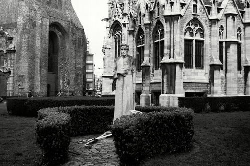 Oostende, standbeeld, Sint-Petrusplein en Sint-Paulusplein Zonder Nummer
