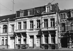Eenheidsbebouwing van neoclassicistische burgerhuizen