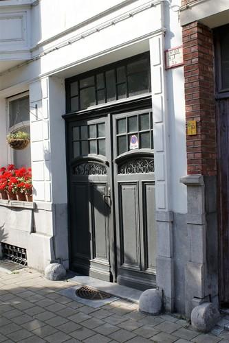 Leeuwlantstraat 77 poort