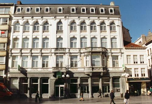 Oostende, Wapenplein 2-3