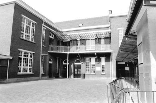 Antwerpen Maarschalk Montgomeryplein 8
