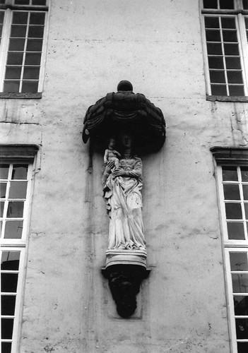 Antwerpen Oude Beurs 27