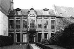 Antwerpen Oude Beurs 27 (https://id.erfgoed.net/afbeeldingen/278489)