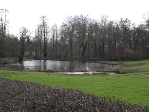 Tongeren (Overrepen), Burchtstraat: vijver in het kasteelpark Kolmont