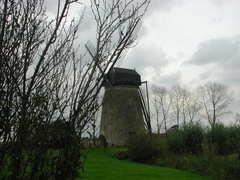 Windmolen van de Moere met molenhuis