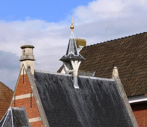 Beerse Boudewijnstraat 2 dak