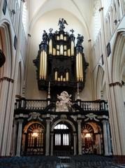 Brugge Sint-Salvatorskerkhof zonder nummer Orgel (https://id.erfgoed.net/afbeeldingen/282993)