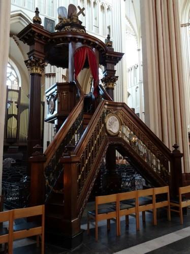 Brugge Sint-Salvatorskerkhof zonder nummer Preekstoel