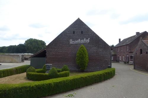Peer Mgr.  Broekxstraat 5, 6