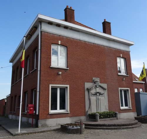 Wielsbeke St.-Brixiusplein Voormalige pastorie