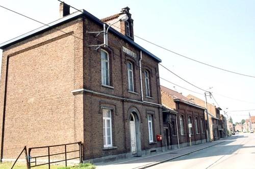 Halle Lenniksesteenweg 545 Gemeenteschool