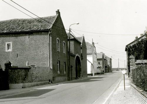Landen Dorpsstraat 10
