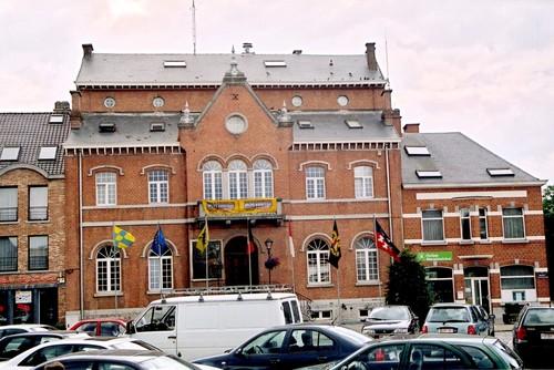 Lennik Marktplein Gemeentehuis